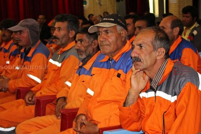 حضور پرشور کارگران در همایش کارگری