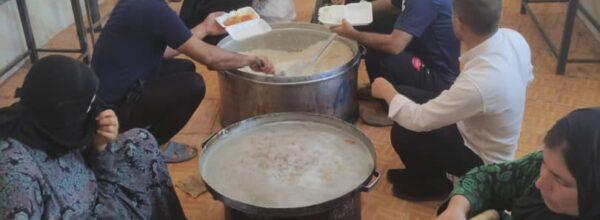 توریع بیش از ۱۰۰۰پرس غذای گرم در گچساران به مناسبت عید غدیر